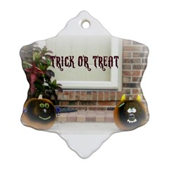 Black Ghoulish Pumpkins In White Matte Snowflake Ornament (2 Side)