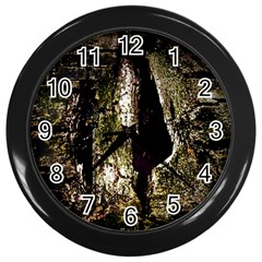 A Deeper Look Wall Clocks (black)