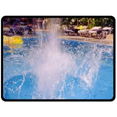 Splash 3 Fleece Blanket (large)