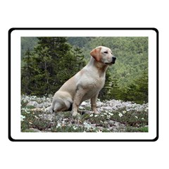 Yellow Lab Sitting Fleece Blanket (small)