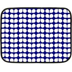 Blue And White Leaf Pattern Fleece Blanket (Mini)