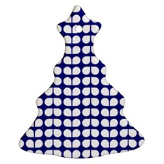 Blue And White Leaf Pattern Christmas Tree Ornament (2 Sides)