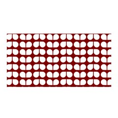 Red And White Leaf Pattern Satin Wrap