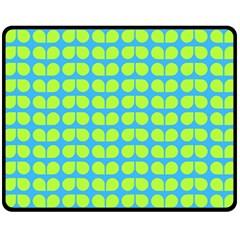 Blue Lime Leaf Pattern Fleece Blanket (medium)