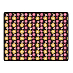 Cute Floral Pattern Double Sided Fleece Blanket (Small)