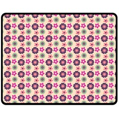 Cute Floral Pattern Double Sided Fleece Blanket (Medium)