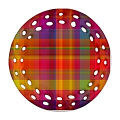Plaid, Hot Ornament (Round Filigree)