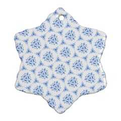 Sweet Doodle Pattern Blue Ornament (snowflake)