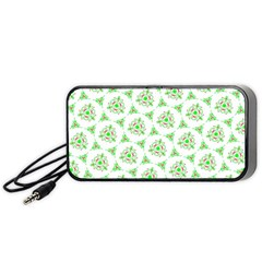 Sweet Doodle Pattern Green Portable Speaker (Black)