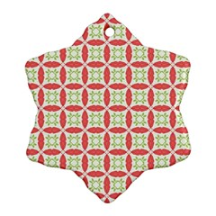 Cute Seamless Tile Pattern Gifts Snowflake Ornament (2-Side)
