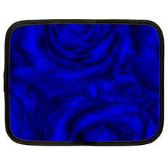 Gorgeous Roses,deep Blue Netbook Case (xxl)