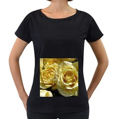 Yellow Roses Women s Loose Fit T Shirt (black)