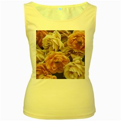 Great Garden Roses, Vintage Look  Women s Yellow Tank Tops