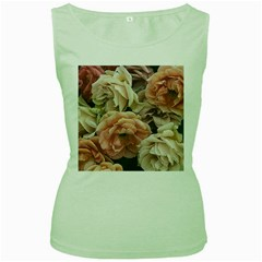 Great Garden Roses, Vintage Look  Women s Green Tank Tops