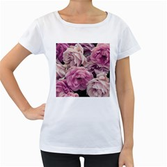 Great Garden Roses Pink Women s Loose-Fit T-Shirt (White)