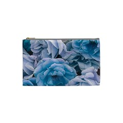 Great Garden Roses Blue Cosmetic Bag (small)