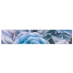 Great Garden Roses Blue Flano Scarf (Small)
