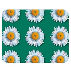 Daisy Pattern  Double Sided Flano Blanket (Medium)