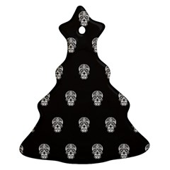 Skull Pattern Bw  Christmas Tree Ornament (2 Sides)