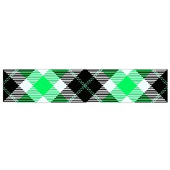 Smart Plaid Green Flano Scarf (small)