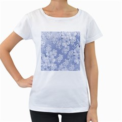 Delicate Floral Pattern,blue  Women s Loose-Fit T-Shirt (White)