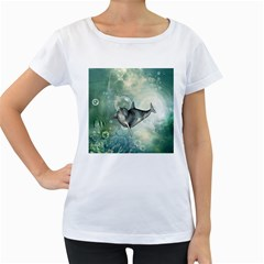 Funny Dswimming Dolphin Women s Loose-Fit T-Shirt (White)