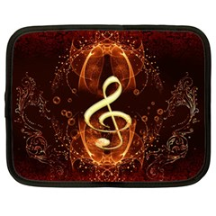 Decorative Cllef With Floral Elements Netbook Case (xl)