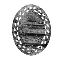 Another Way Ornament (oval Filigree)