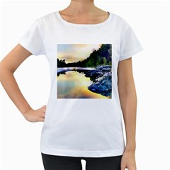 Stunning Nature Evening Women s Loose-Fit T-Shirt (White)
