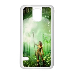 The Gate In The Magical World Samsung Galaxy S5 Case (White)