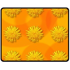 Dandelion Pattern Fleece Blanket (medium)