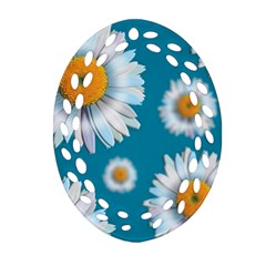 Floating Daisies Ornament (Oval Filigree)