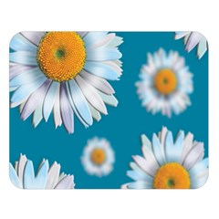Floating Daisies Double Sided Flano Blanket (Large)