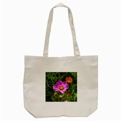 Amazing Garden Flowers 24 Tote Bag (Cream)