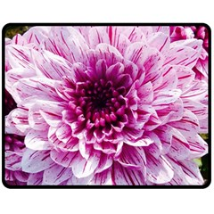Wonderful Flowers Fleece Blanket (Medium)