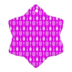 Purple Spatula Spoon Pattern Ornament (Snowflake)
