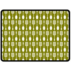 Olive Green Spatula Spoon Pattern Fleece Blanket (Large)