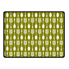 Olive Green Spatula Spoon Pattern Fleece Blanket (Small)