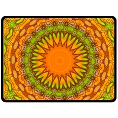 Kaleido Fun 07 Fleece Blanket (large)