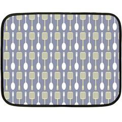 Spatula Spoon Pattern Fleece Blanket (Mini)