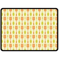 Spatula Spoon Pattern Fleece Blanket (Large)