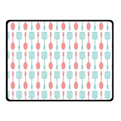 Spatula Spoon Pattern Fleece Blanket (small)
