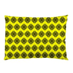 Abstract Knot Geometric Tile Pattern Pillow Cases