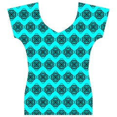 Abstract Knot Geometric Tile Pattern Women s V-Neck Cap Sleeve Top