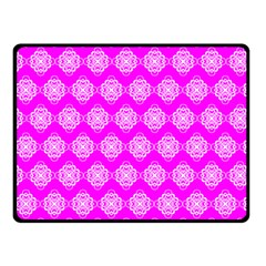 Abstract Knot Geometric Tile Pattern Fleece Blanket (Small)