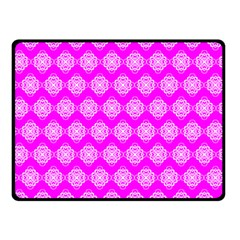 Abstract Knot Geometric Tile Pattern Double Sided Fleece Blanket (small)