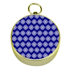 Abstract Knot Geometric Tile Pattern Gold Compasses