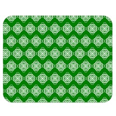 Abstract Knot Geometric Tile Pattern Double Sided Flano Blanket (Medium)