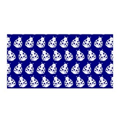 Ladybug Vector Geometric Tile Pattern Satin Wrap