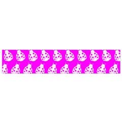Ladybug Vector Geometric Tile Pattern Flano Scarf (small)